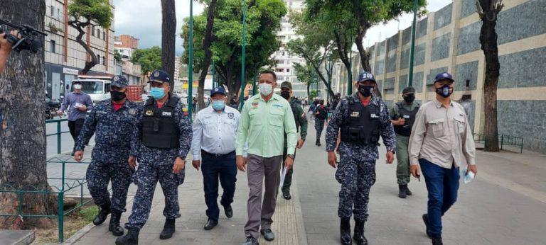 Organismos de seguridad del Estado supervisan medidas de bioseguridad en parroquia Santa Rosalía